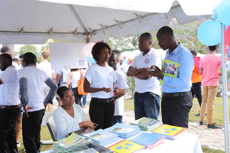 Forum de l orientation et des m tiers ambassade de for Chambre de commerce d haiti